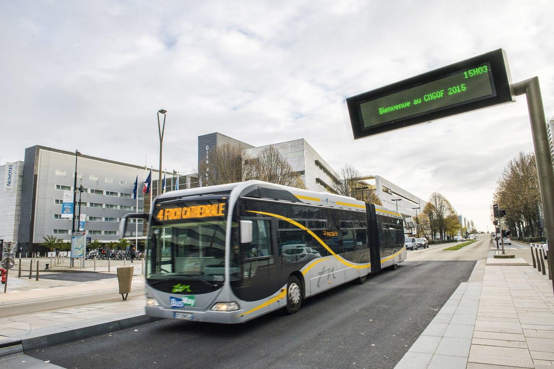 Accès à La Cité des Congrès de Nantes transport en commun